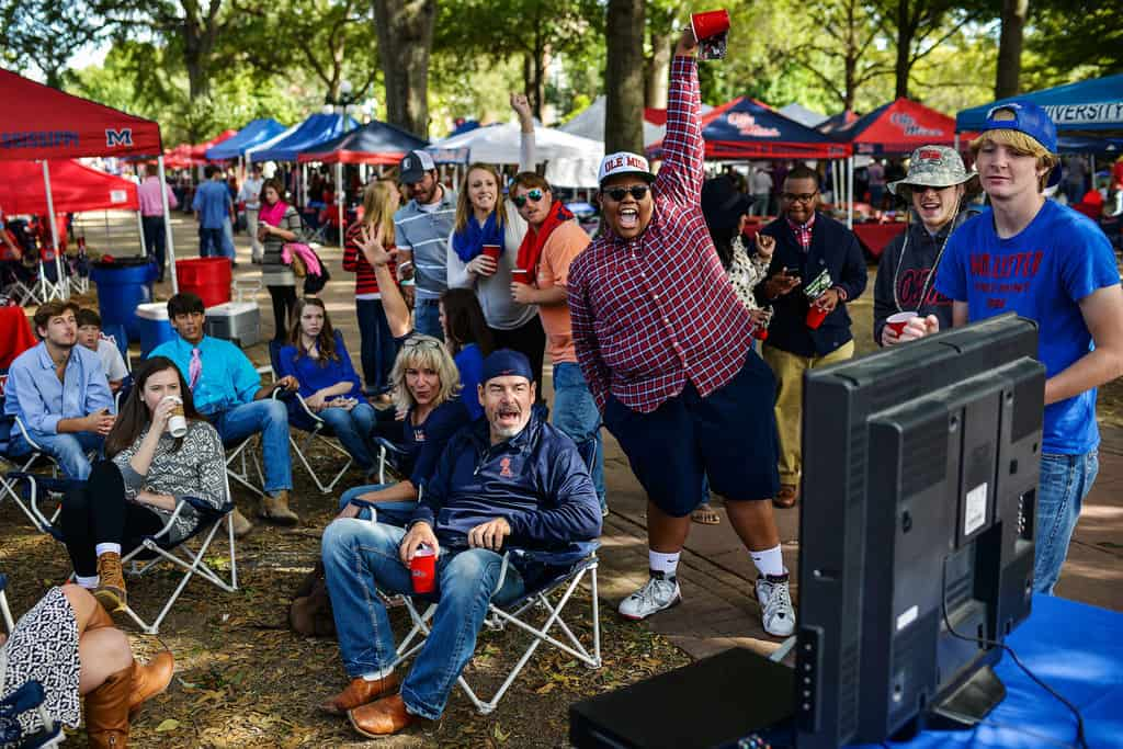 ole-miss-tailgating